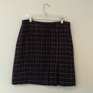 Dresses & Skirts - Oscar De la rente tweed skirt size 12p